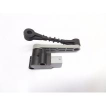 Senzor inaltime suspensie fata Range Rover Sport LR023649